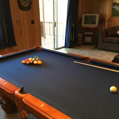 Great condition DLT pool table