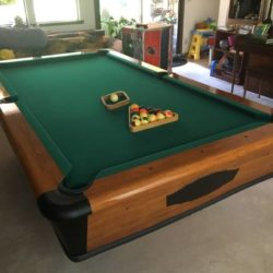 Full Size (8') Chicagoan Pool Table w/ cues, balls, accessories, etc - EX condition! ($800 OBO)